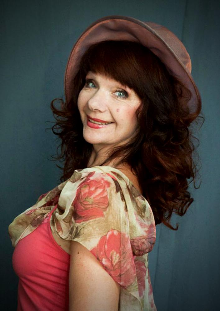 Вітаємо актрису Наталію Новостройну з Днем народження