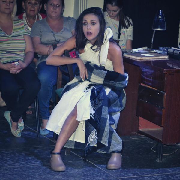 Театр Горького Днепр - ДРАМіКОМ Вітаємо актрису Марію Мілєнковіч з Днем народження фото3