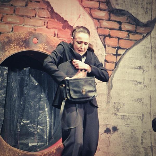 Театр Горького Днепр - ДРАМіКОМ Вітаємо актрису Марію Мілєнковіч з Днем народження фото9