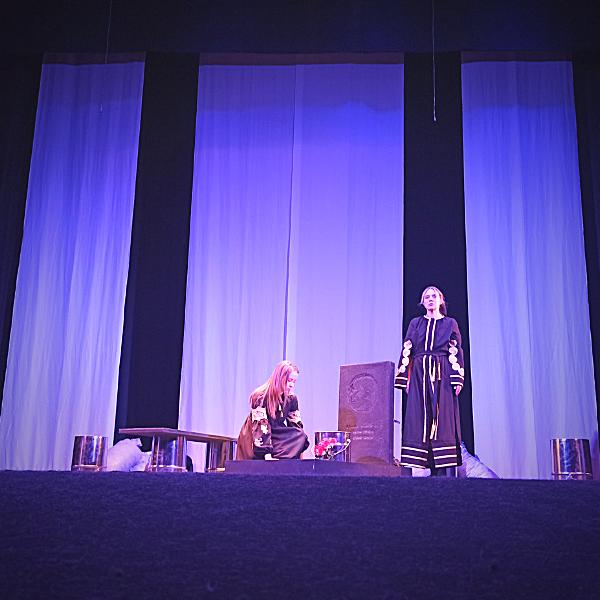 Театр Горького Днепр - ДРАМіКОМ Прем'єра вистави Саша, винеси сміття 081220 Актриса Олена Попова фото20