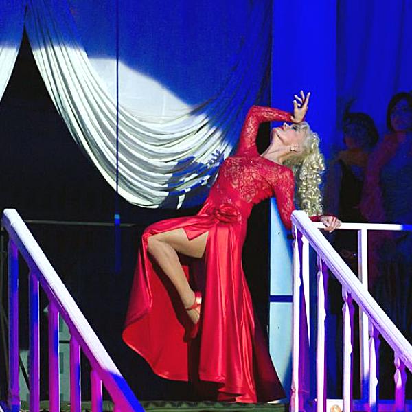 Ілона Соляник-Голубенко Актриса театру Драміком Заслужена артистка України фото8